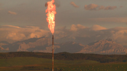 HD2008-8-1-12 gas flare Stock Video Footage