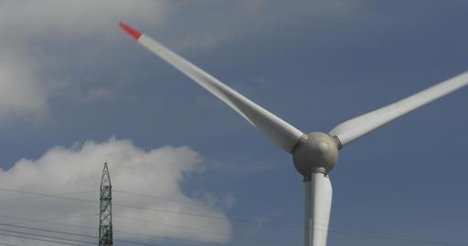 4K, Wind Turbine Close. Native camera output, no r Filmmaterial