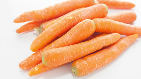 Raw Carrots Footage