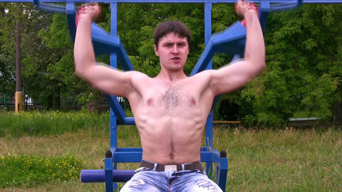 Bodybuilder outdoor Footage