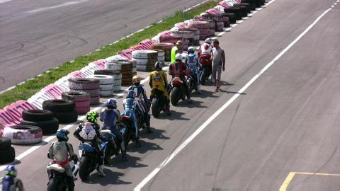moto start convoy Stock Video Footage