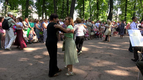 Dance waltz in the summer the Park. 4K Footage