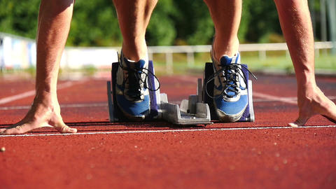 Sprintstart In Der Leichtathletik stock footage