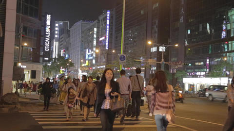 zhongxiao and dunhua - taipei downtown pedestrians Footage