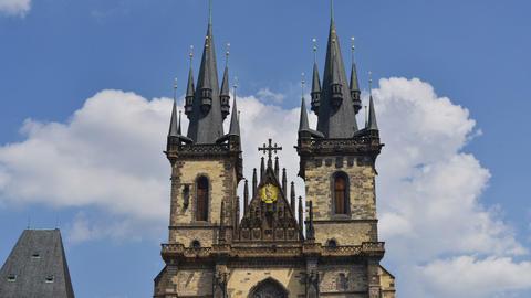 prague tyn church wide time lapse tilt 11417 Footage