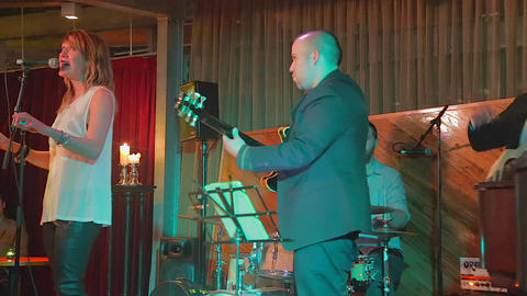 live performance at an upscale jazz bar in melbour Stock Video Footage
