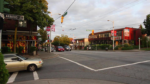 4th ave and arbutus - kitsilano lululemon Stock Video Footage