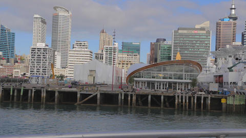 georgeous day - view of auckland downtown includin Stock Video Footage