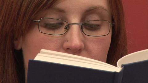 Stock Footage Reading Acción en vivo