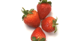 cluster of strawberries 2 Live Action
