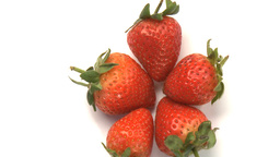cluster of strawberries 4 Live Action