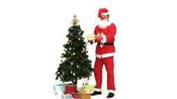 Santa Claus looking at his notes ライブ動画