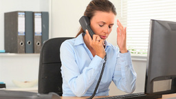 Upset business woman hanging up Stock Video Footage