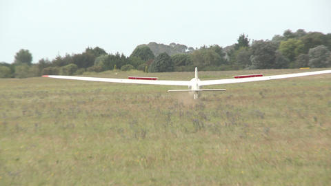 glider lands Stock Video Footage