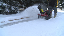 HD2008-12-7-25 snowblower Footage