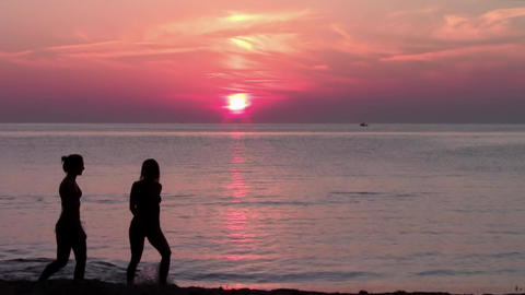 tourists and wonderful sunset, seascape Footage