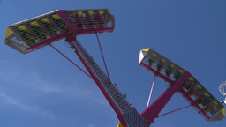 HD2008-7-3-17 midway rides Stock Video Footage
