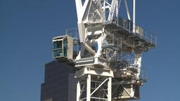 HD2008-7-8-2 const crane Z in Stock Video Footage