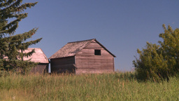 HD2008-7-16-45 abandoned farm house Stock Video Footage