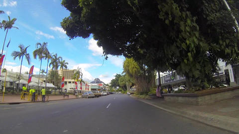 sped up driving tour through the town of cairns Stock Video Footage