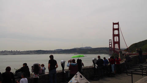 pan - tourist golden gate north viewpoint Stock Video Footage