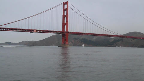 clear view of golden gate bridge - south east Stock Video Footage
