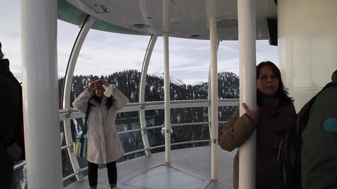 pan tourist inside the eye of the wind - grouse Stock Video Footage