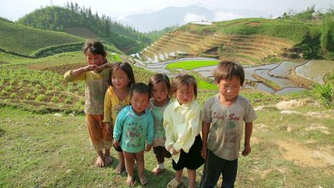 SAPA, VIETNAM - MAY 2014: native Akha kids Footage