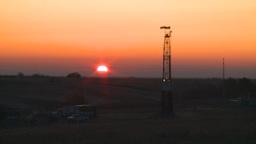 HD2008-10-3-2 sunrise oil rig Stock Video Footage