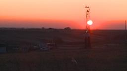 HD2008-10-3-8 sunrise oil rig Stock Video Footage