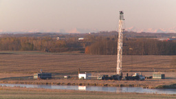 HD2008-10-3-10 oil rig mtns Stock Video Footage