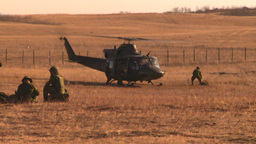 HD2008-10-11-2 heli idle troops out Stock Video Footage