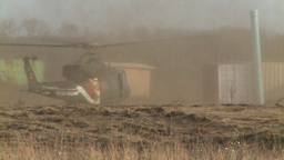 HD2008-10-16-14 helo take off dusty Stock Video Footage