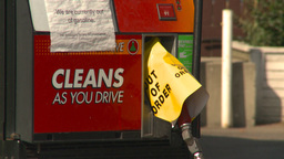 HD2008-9-1-38 gas stn out of gas Footage