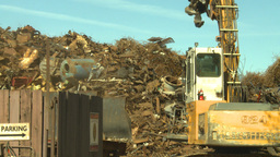 HD2008-9-3-24 metal recycler grapple Stock Video Footage