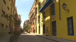 HD2009-4-4-15 Havana street Footage