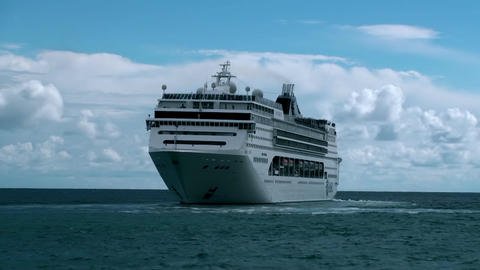 BIG CRUISE SHIP LINER TIMELAPSE Footage