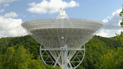 4k UHD huge radio telescope tilt 11484 Footage