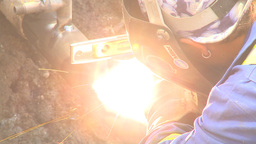 HD2009-8-20-11 gas pipe welding with level Stock Video Footage