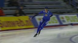 HD2009-12-1-53 Speed skaters practise corner Stock Video Footage
