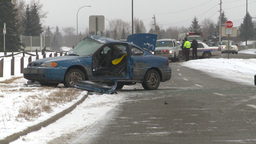 HD2009-2-1-2 auto accident 3-shot Footage