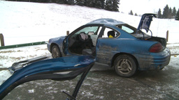 HD2009-2-1-8 auto accident car door off Stock Video Footage