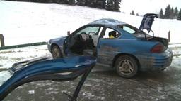 HD2009-2-1-8 auto accident car door off Stock Video Footage