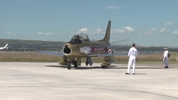 HD2009-7-10-32RC F86 sabre idle Stock Video Footage
