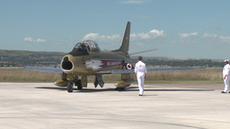 HD2009-7-10-34RC F86 sabre idle and shut down Stock Video Footage