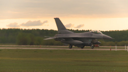 HD2009-6-6-54 F16 taxis Stock Video Footage