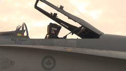 HD2009-6-6-84 apron F18 montage Stock Video Footage