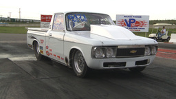 HD2009-6-21-7 early 70s chev luv pu burnout Stock Video Footage