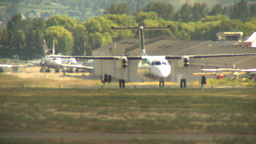 HD2009-6-26-16 Dash8 taxi LLL Stock Video Footage