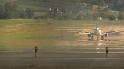 HD2009-6-26-20 B737 landing LLL Stock Video Footage